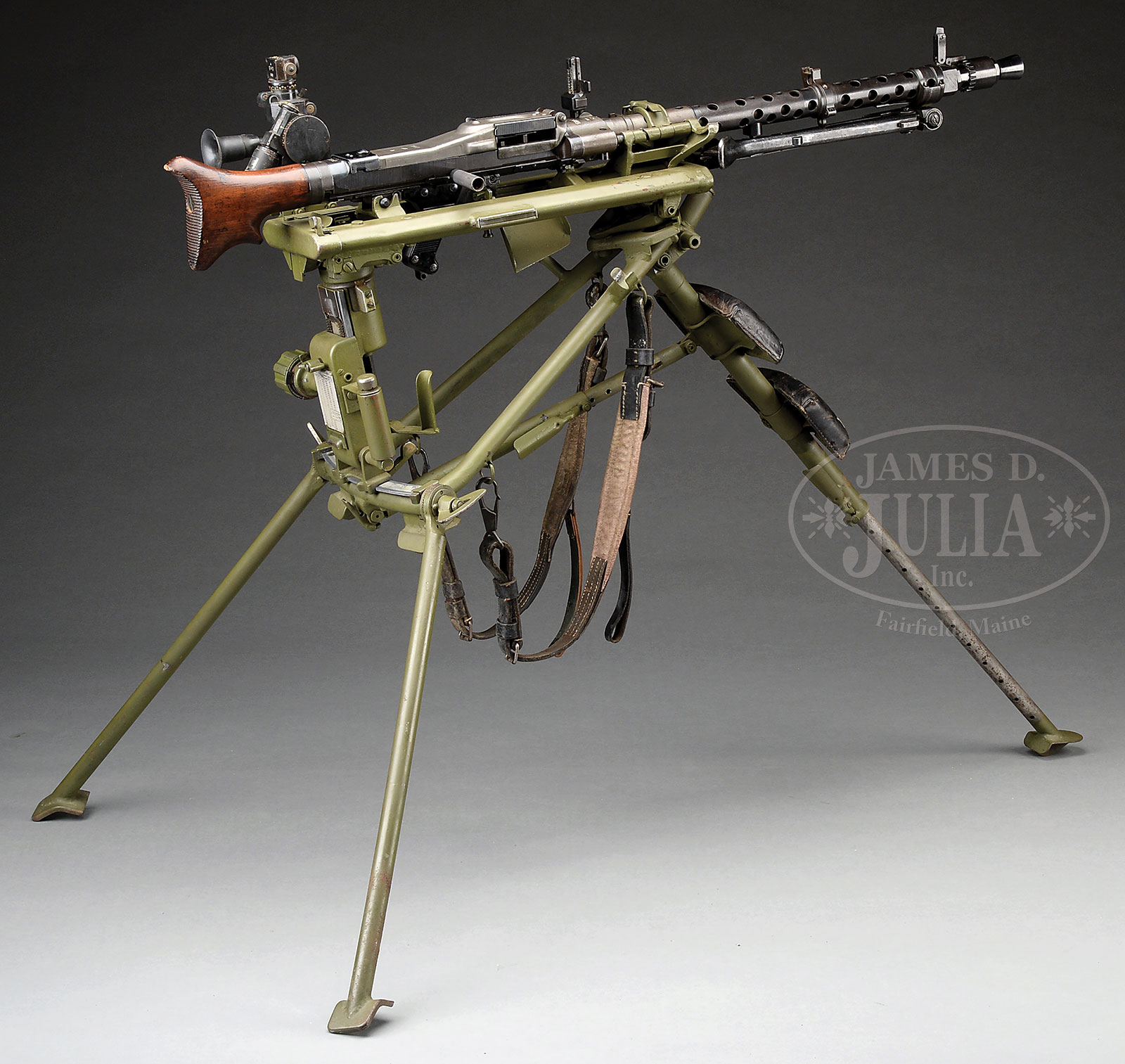 EXCEPTIONALLY FINE LATE WAR GERMAN WWII MG-34 MACHINE GUN, W