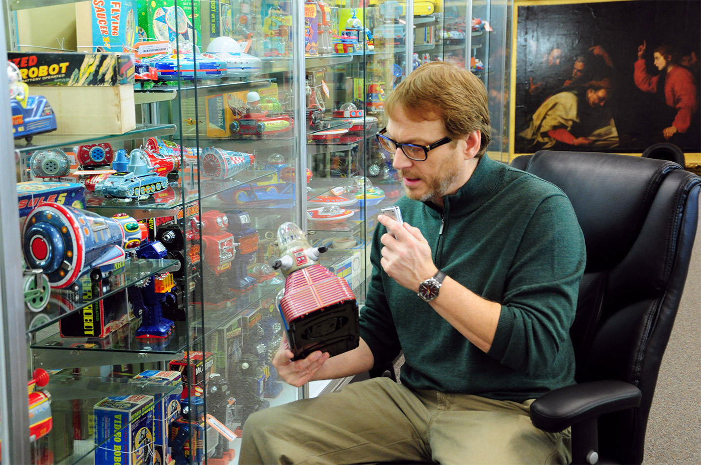 Tommy Sage, Toys, Trains and Sports Memorabilia Expert