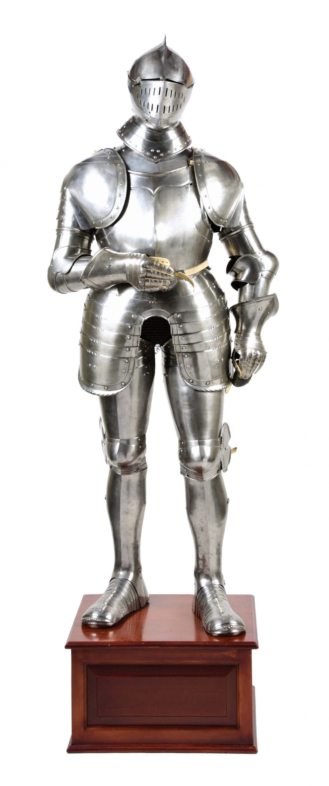 LOT #1022: AN ATTRACTIVE COMPOSITE FULL SUIT OF GERMAN ARMOR IN THE STYLE OF ANTON PEFFENHAUSER